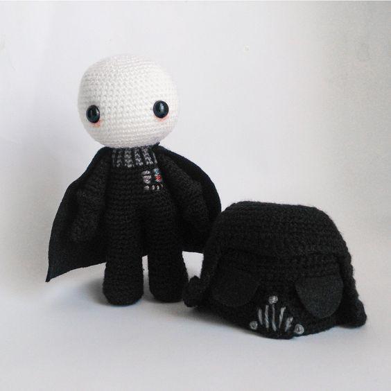 Personagem de Star Wars Darth Vader em crochê geek