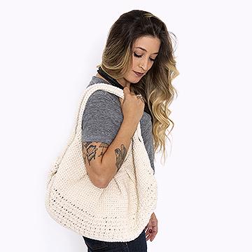 Anne Galante com bolsa Tote Bag