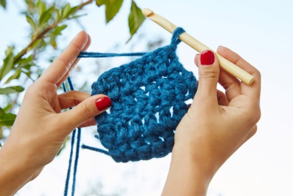 material azul croche